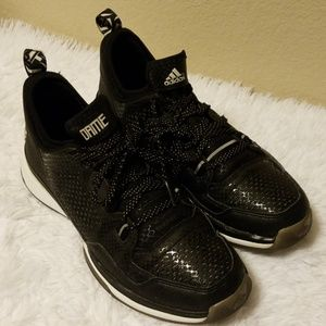 Adidas Damien Lillard Size 10.5